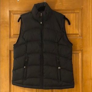 Small black LLBean puffer best, like new